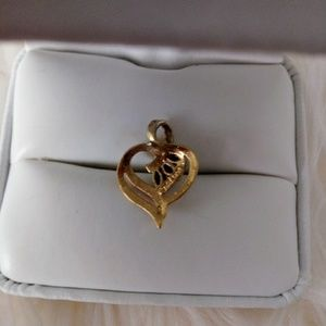 Jewelry - Vintage 925 gold plated genuine sapphire pendant